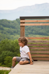 Enfant à la campagne