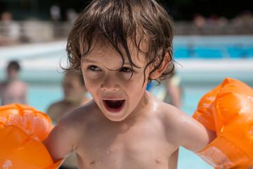 A la piscine
