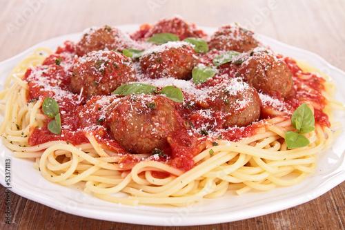 spaghetti and meatball