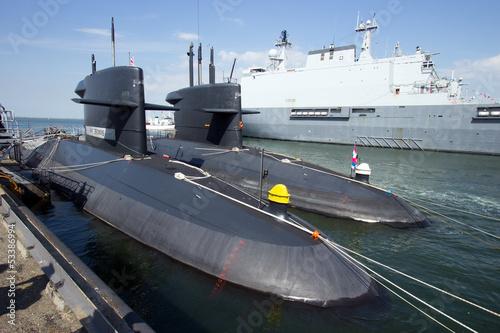 Submarines - 53386994
