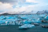 Icebergs drifting to sea