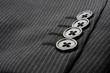 スーツの袖ボタン