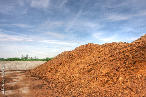 Storage of poultry manure