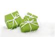 Drei Geschenke für Weihnachten in Grün