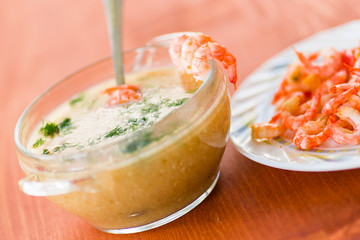 vegetable cream soup with prawns