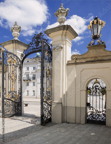 Old gate - Polish Ministry of Culture and National Heritage. © Marcin Chodorowski