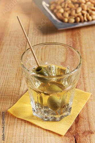 martini und erdnüsse