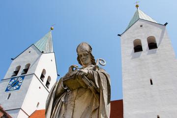 Statue von Otto von Freising