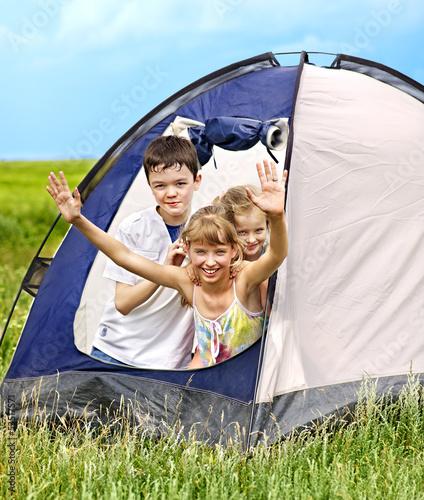 Group children on travel.