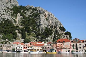 Omis Ostufer Cetina