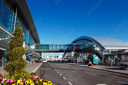 Foto Spatwand Luchthaven Terminal 2, Dublin Airport, Ireland opened in November 2010