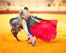 Corrida. Walka Matador w typowym Walki byków hiszpański