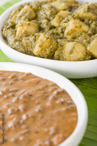 Aloo Sag & Dal Makhani: Potatoes with spinach & Lentil curry