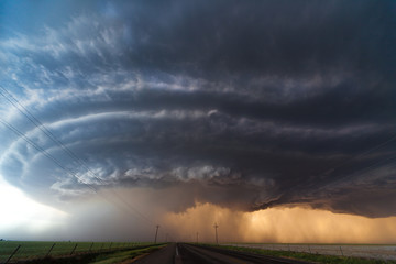 Severe thunderstorm across US Great Plains
