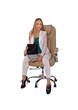 молодая и красивая девушка сидит в кресле с ноутбуком