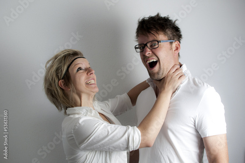 Kämpfendes Paar