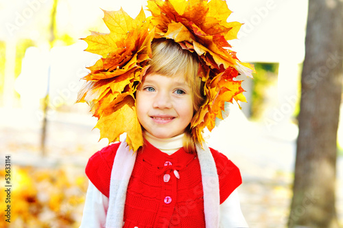 girl wearing foliage wreath