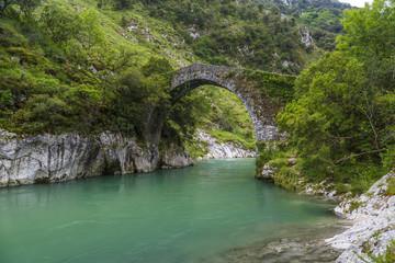 Roman stone bridge in Asturias