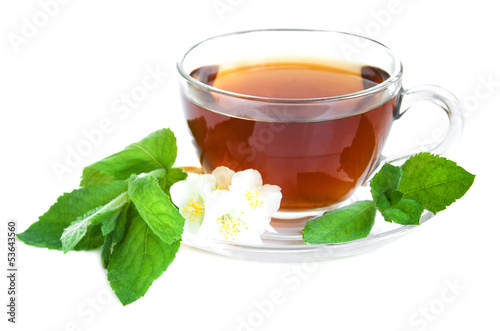 Tea cup with mint leaves