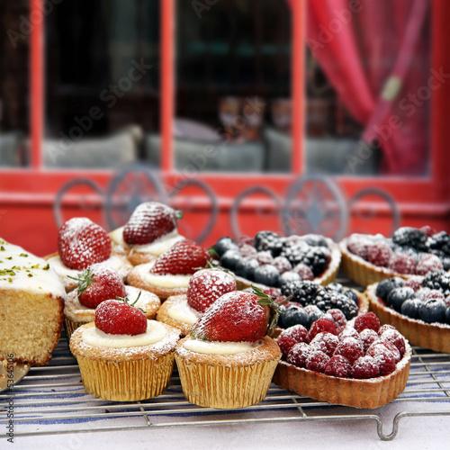 erdbeercupcakes und beerentartes