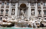 Trevi Fountain, Roma, Italy