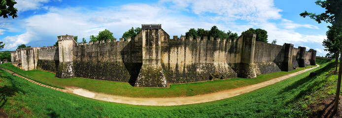 Panorama des remparts de Provins France Europe