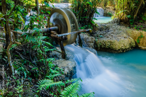 Kuang si waterfall, Tad Kwangsi, Water wheel