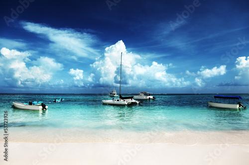 mata magnetyczna Karaiby plaża i jachty