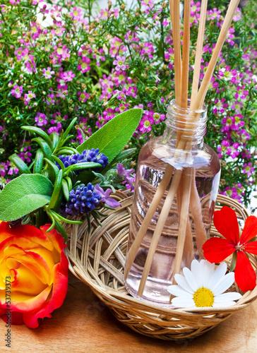 Öl und Blüten