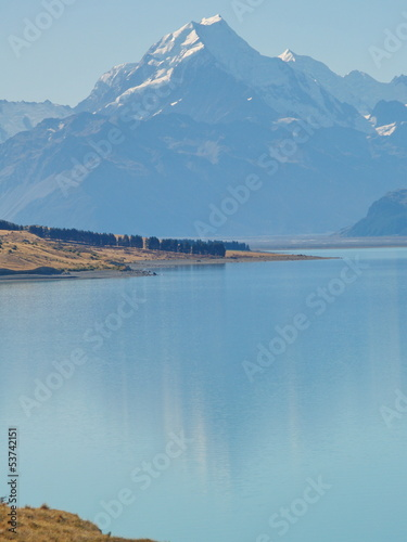 Lake Pukaki and Aoraki (Mount Cook), New Zealand