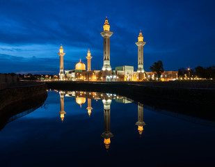 Blue Hour Sunset at Tengku Ampuan Jemaah Mosque