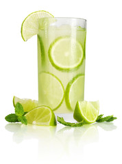 Drink with lime and mint