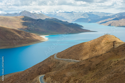 Nature in Tibet ( Yamdrok Tso lake and mountain landscape)