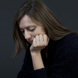 Frau traurig mit Liebeskummer
