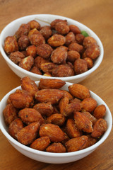 Caramelized almonds and peanuts