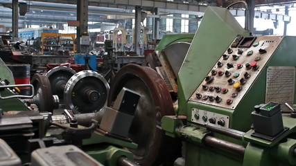 Control of a large lathe