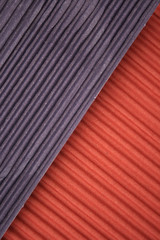 Corrugated diagonal