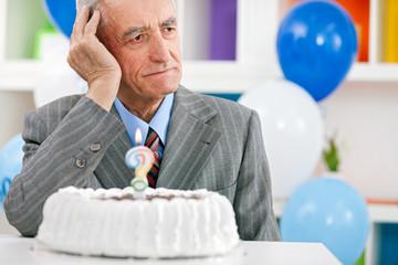 Senior man forgot how old is