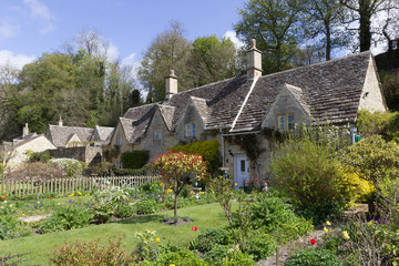Picturesque Cottages, Bibury, Cotswolds, UK.