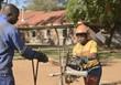 Holzsägen in Afrika 2