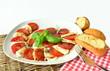Tomaten mit Mozzarella Käse