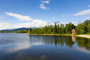 Rotes Haus am See
