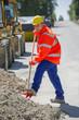 Bau Arbeiter mit Schaufel in der Hand