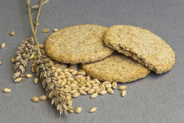 Biscuit of whole grain wheat