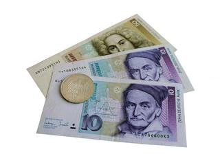 немецкие монеты и банкноты до введения евро.