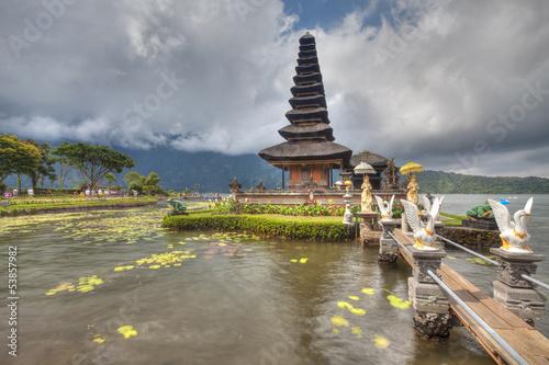 Foto op Plexiglas Bedehuis Ulun Danu Temple