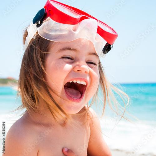 canvas print picture Bambina al mare con maschera che ride