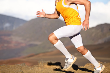 Running sport fitness man - closeup