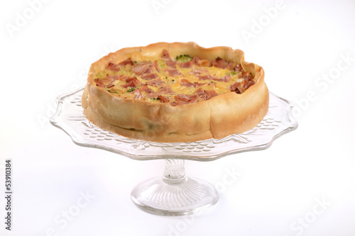 quiche with hamd and broccoli