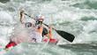 discesa nelle rapide con canoa